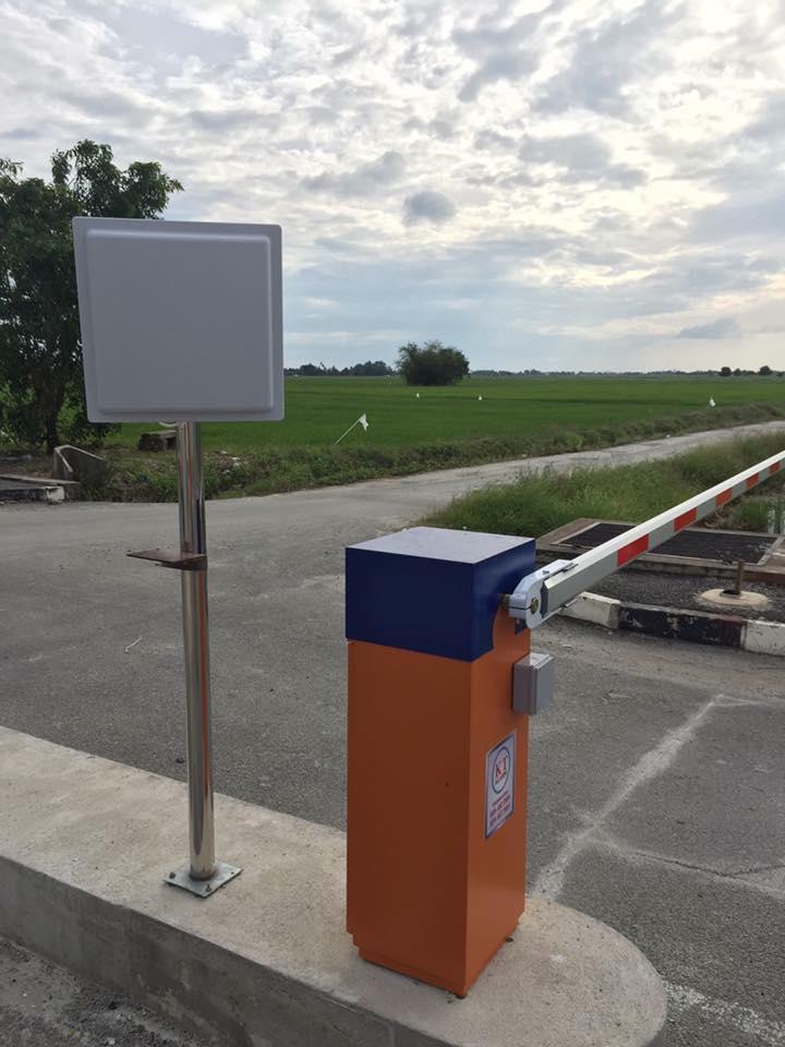 915Mhz UHF Passive Long Range RFID Card Reader