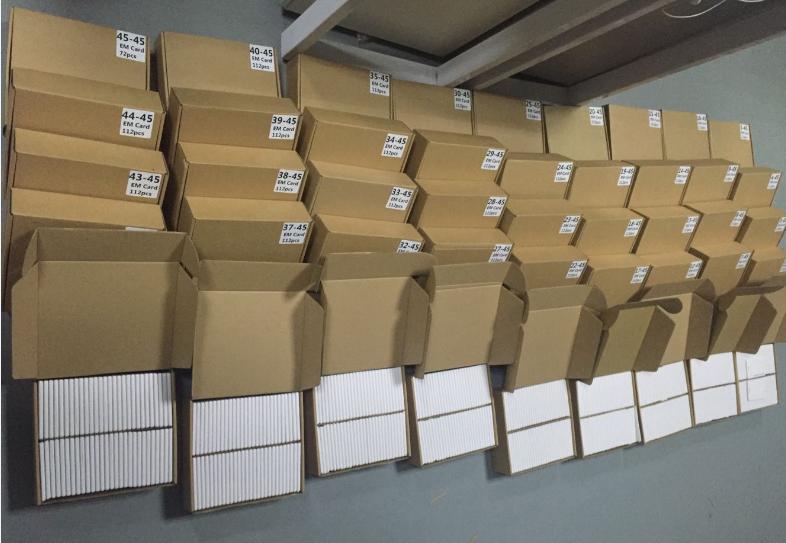Détails d'emballage des cartes d'identité de proximité RFID 125Khz